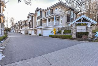 "Photo 2: 44 15030 58 Avenue in Surrey: Sullivan Station Townhouse for sale in ""SUMMERLEAF"" : MLS®# R2343281"