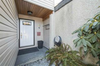 Photo 2: 892 PINEBROOK Place in Coquitlam: Meadow Brook House for sale : MLS®# R2346584
