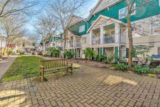 "Main Photo: 23 123 SEVENTH Street in New Westminster: Uptown NW Condo for sale in ""ROYAL CITY TERRACE"" : MLS®# R2350093"