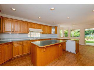 "Photo 7: 5583 FRIGATE Road in Delta: Neilsen Grove House for sale in ""Marina Garden Estates"" (Ladner)  : MLS®# R2366255"