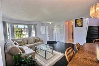 Photo 2: 11319 171 Avenue in Edmonton: Zone 27 House for sale : MLS®# E4157787