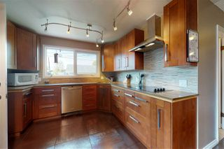 Photo 8: 5303 92B Avenue in Edmonton: Zone 18 House for sale : MLS®# E4158787
