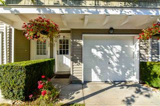 "Photo 3: 45 8775 161 Street in Surrey: Fleetwood Tynehead Townhouse for sale in ""Ballantyn"" : MLS®# R2378142"