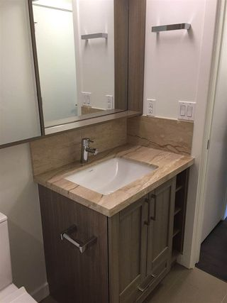 """Photo 9: 703 5470 ORMIDALE Street in Vancouver: Collingwood VE Condo for sale in """"WALL CENTRE CENTRAL PARK TOWER 3"""" (Vancouver East)  : MLS®# R2379325"""