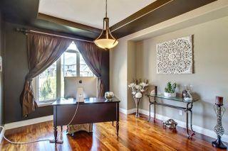 Photo 3: 5244 MULLEN Crest in Edmonton: Zone 14 House for sale : MLS®# E4161609
