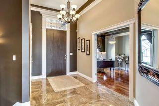 Photo 2: 5244 MULLEN Crest in Edmonton: Zone 14 House for sale : MLS®# E4161609
