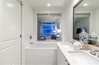 Photo 11: 505 172 VICTORY SHIP Way in North Vancouver: Lower Lonsdale Condo for sale : MLS®# R2381128