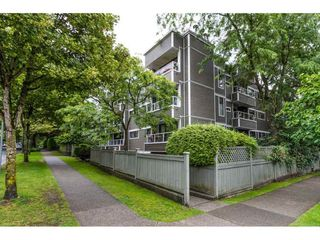 Photo 7: 403 674 17TH AVENUE in Vancouver West: Home for sale : MLS®# R2089948