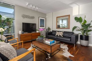 "Photo 2: 606 587 W 7TH Avenue in Vancouver: Fairview VW Condo for sale in ""AFFINITI"" (Vancouver West)  : MLS®# R2382646"