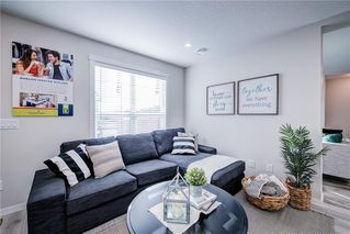 Photo 3: 122 Cranbrook Square SE in Calgary: Cranston Row/Townhouse for sale : MLS®# C4256095