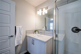 Photo 22: 122 Cranbrook Square SE in Calgary: Cranston Row/Townhouse for sale : MLS®# C4256095