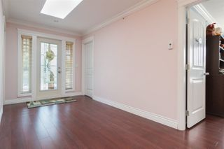 Photo 8: 3233 E 2ND Avenue in Vancouver: Renfrew VE House for sale (Vancouver East)  : MLS®# R2388761