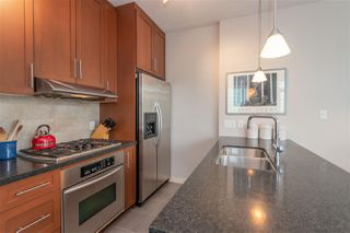 """Photo 16: 2206 1189 MELVILLE Street in Vancouver: Coal Harbour Condo for sale in """"THE MELVILLE"""" (Vancouver West)  : MLS®# R2409102"""