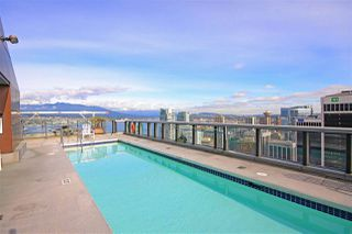 """Photo 12: 2206 1189 MELVILLE Street in Vancouver: Coal Harbour Condo for sale in """"THE MELVILLE"""" (Vancouver West)  : MLS®# R2409102"""
