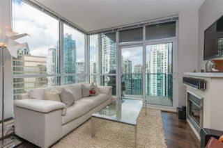 """Photo 4: 2206 1189 MELVILLE Street in Vancouver: Coal Harbour Condo for sale in """"THE MELVILLE"""" (Vancouver West)  : MLS®# R2409102"""