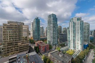 """Photo 9: 2206 1189 MELVILLE Street in Vancouver: Coal Harbour Condo for sale in """"THE MELVILLE"""" (Vancouver West)  : MLS®# R2409102"""