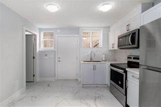 "Photo 13: 4152 PARKER Street in Burnaby: Willingdon Heights House for sale in ""WILLINGDON HEIGHTS"" (Burnaby North)  : MLS®# R2418416"