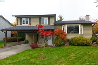 Main Photo: 2082 Rennie Place in SIDNEY: Si Sidney South-West Single Family Detached for sale (Sidney)  : MLS®# 417752
