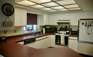 "Photo 3: 2498 KENSINGTON Crescent in Port Coquitlam: Citadel PQ House for sale in ""Citadel Heights"" : MLS®# R2419605"
