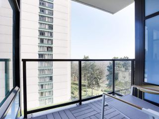 """Photo 11: 601 188 AGNES Street in New Westminster: Downtown NW Condo for sale in """"ELLIOT"""" : MLS®# R2446584"""