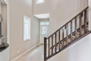 Photo 3: 153 EVANSGLEN Drive NW in Calgary: Evanston Detached for sale : MLS®# C4305322
