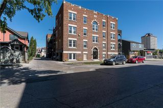Photo 1: 15 477 Wardlaw Avenue in Winnipeg: Osborne Village Condominium for sale (1B)  : MLS®# 202019250