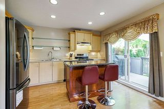 "Photo 3: 64 16388 85 Avenue in Surrey: Fleetwood Tynehead Townhouse for sale in ""CAMELOT VILLAGE"" : MLS®# R2486322"