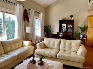 Photo 7: 3 4079 Douglas St in : SE High Quadra Row/Townhouse for sale (Saanich East)  : MLS®# 856106
