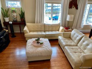 Photo 6: 3 4079 Douglas St in : SE High Quadra Row/Townhouse for sale (Saanich East)  : MLS®# 856106