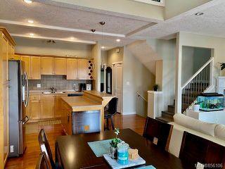 Photo 11: 3 4079 Douglas St in : SE High Quadra Row/Townhouse for sale (Saanich East)  : MLS®# 856106