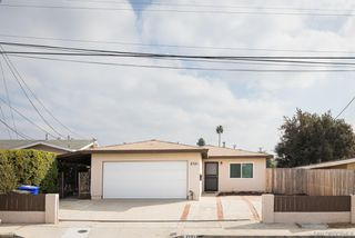 Photo 3: PARADISE HILLS House for sale : 3 bedrooms : 2721 Hopkins St in San Diego