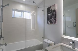 "Photo 31: 15114 BUENA VISTA Avenue: White Rock House for sale in ""White Rock Hillside"" (South Surrey White Rock)  : MLS®# R2527396"