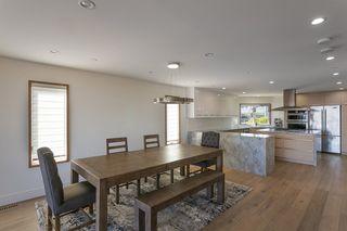 "Photo 19: 15114 BUENA VISTA Avenue: White Rock House for sale in ""White Rock Hillside"" (South Surrey White Rock)  : MLS®# R2527396"