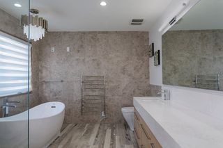"Photo 24: 15114 BUENA VISTA Avenue: White Rock House for sale in ""White Rock Hillside"" (South Surrey White Rock)  : MLS®# R2527396"