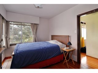 "Photo 4: 3551 WALKER ST in Vancouver: Grandview VE House for sale in ""TROUT LAKE"" (Vancouver East)  : MLS®# V875248"
