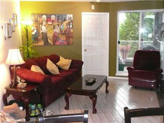 Photo 2: 202 1688 E 8TH Avenue in Vancouver: Grandview VE Condo for sale (Vancouver East)  : MLS®# V910929