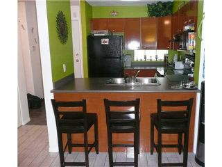 Photo 3: 202 1688 E 8TH Avenue in Vancouver: Grandview VE Condo for sale (Vancouver East)  : MLS®# V910929