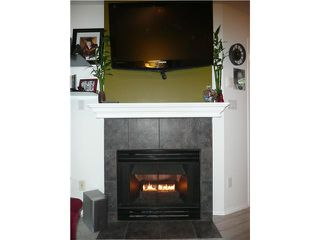 Photo 4: 202 1688 E 8TH Avenue in Vancouver: Grandview VE Condo for sale (Vancouver East)  : MLS®# V910929