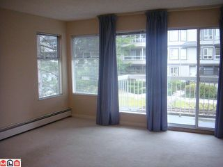 Photo 3: 202 1860 E SOUTHMERE Crest in Surrey: Sunnyside Park Surrey Condo for sale (South Surrey White Rock)  : MLS®# F1201841