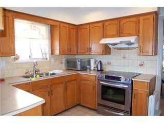 Photo 5: 2665 E 19th Street in Vancouver: Renfrew Heights House for sale (Vancouver East)  : MLS®#  V972025