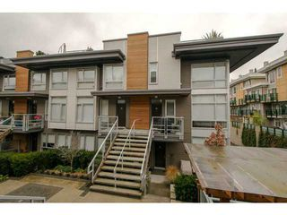 "Photo 1: 225 735 W 15TH Street in North Vancouver: Hamilton Townhouse for sale in ""SEVEN 35"" : MLS®# V1042022"