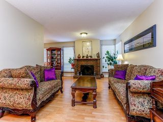 Photo 3: 13902 80TH Avenue in Surrey: East Newton House for sale : MLS®# F1411102