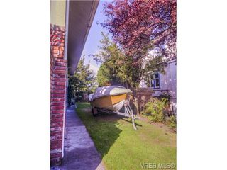 Photo 6: 118 Howe Street in VICTORIA: Vi Fairfield West Single Family Detached for sale (Victoria)  : MLS®# 343026