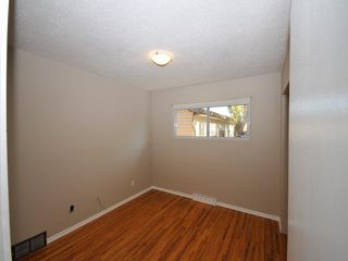 Photo 5: 16 Foxwell Road SE in Calgary: Fairview Residential Detached Single Family for sale : MLS®# C3644346