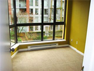 "Photo 5: 316 488 HELMCKEN Street in Vancouver: Yaletown Condo for sale in ""ROBINSON TOWER"" (Vancouver West)  : MLS®# V1101379"