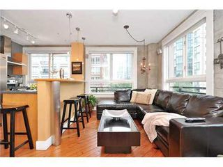 Main Photo: 305 1216 HOMER Street in Vancouver West: Yaletown Home for sale ()  : MLS®# V914701