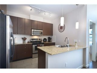 Photo 4: 420 2477 KELLY Ave in Port Coquitlam: Central Pt Coquitlam Home for sale ()  : MLS®# V1015324