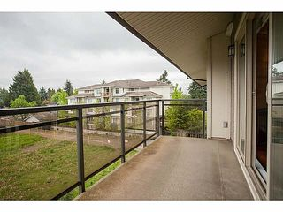 Photo 11: 306 1988 SUFFOLK Avenue in Port Coquitlam: Glenwood PQ Condo for sale : MLS®# V1124061