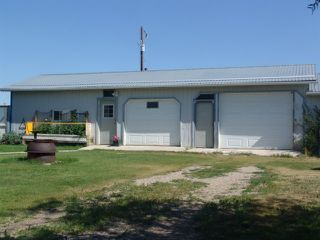Photo 3: 251077 MINUTES NORTH WEST OF STRATHMORE: Rural Wheatland County House for sale : MLS®# C4019195
