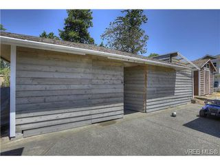 Photo 18: 300 Kenning Court in VICTORIA: Co Lagoon Single Family Detached for sale (Colwood)  : MLS®# 353425